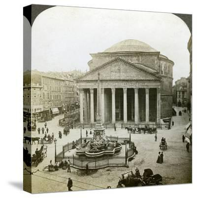 The Pantheon and the Piazza Della Rotunda, Rome, Italy