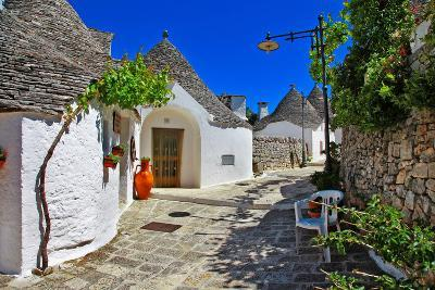 Unique Trulli Houses with Conical Roofs in Alberobello, Italy, P-Freesurf-Photographic Print