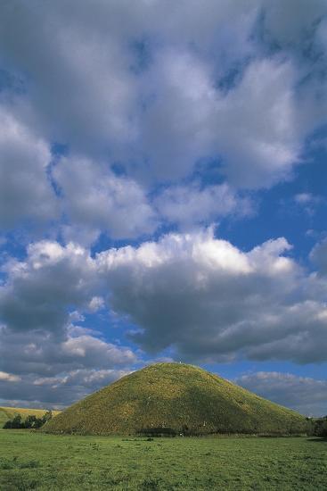United Kingdom, England, Wiltshire, Avebury, Silbury Hill, 3rd Millennium BC--Giclee Print