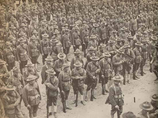 United States Troops on parade before their march through London on August 15, 1917-Unknown-Photographic Print