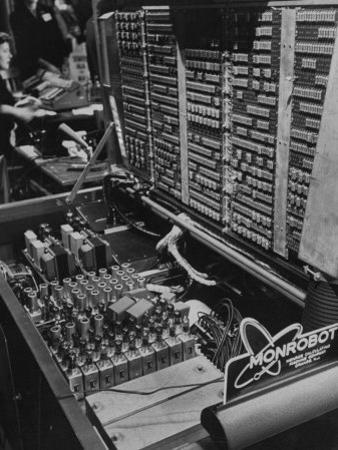 Univac Computer Used to Tabulate Votes on Election Night