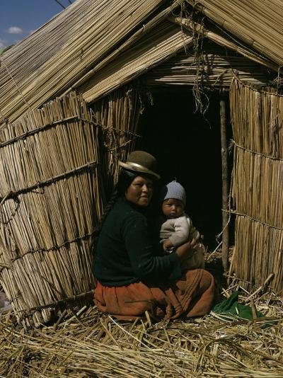 Uro Indian Woman and Baby, Lake Titicaca, Peru, South America-Sybil Sassoon-Photographic Print