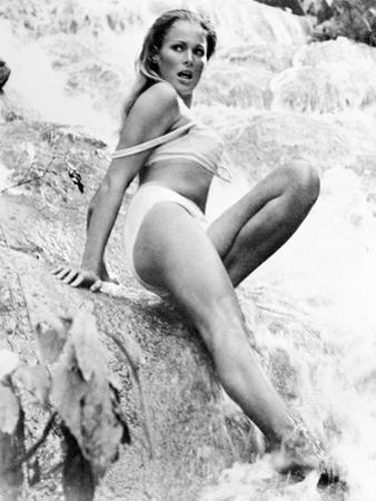 Ursula Andress (1936-)