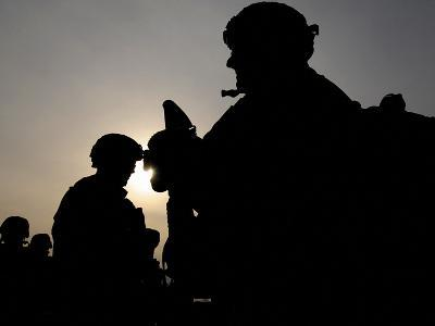 Us Soldiers Belonging to the Nato-Led International Security Assistance Force--Photographic Print