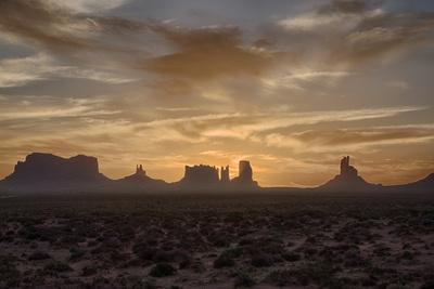 USA, Arizona, Monument Valley, First Light-John Ford-Photographic Print