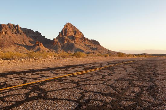 USA, Arizona, Route 66, Black Mountains, Street-Catharina Lux-Photographic Print