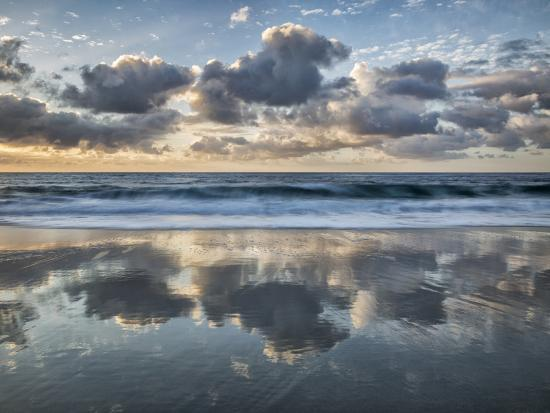 USA, California, La Jolla. Cloud reflections at Marine Street Beach-Ann Collins-Photographic Print