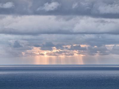 USA, California, San Diego. Sun's Rays Break Through Clouds over Pacific Ocean-Ann Collins-Photographic Print