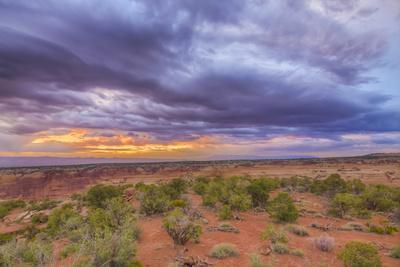 https://imgc.artprintimages.com/img/print/usa-colorado-fruita-sunrise-over-colorado-national-monument_u-l-pxr9hr0.jpg?p=0