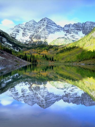 USA, Colorado. Rocky Mountains, Maroon Bells Reflect into Maroon Lake-Jaynes Gallery-Photographic Print