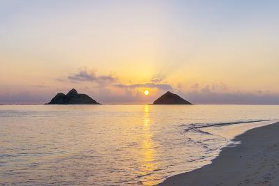 USA, Hawaii, Oahu, Lanikai Beach Sunrise-Rob Tilley-Photographic Print