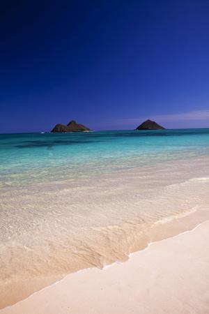 https://imgc.artprintimages.com/img/print/usa-hawaii-oahu-lanikai-twin-mokulua-islands-with-blue-water_u-l-pu3rxg0.jpg?p=0