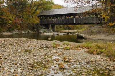 https://imgc.artprintimages.com/img/print/usa-maine-bethel-newry-covered-bridge-over-river-in-autumn_u-l-pxrgna0.jpg?p=0