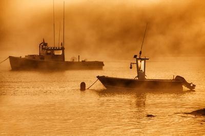 https://imgc.artprintimages.com/img/print/usa-maine-lobster-boats-in-morning-fog-at-bass-harbor_u-l-pqf0w30.jpg?p=0
