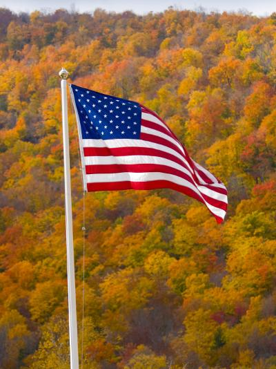 USA, New Hampshire, White Mountain National Park in Autumn/Fall-Alan Copson-Photographic Print