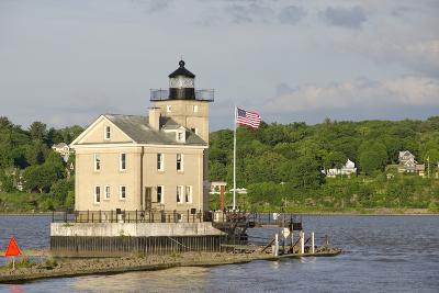 USA, New York, Kingston, Hudson River. Rondout Creek Light.-Cindy Miller Hopkins-Photographic Print