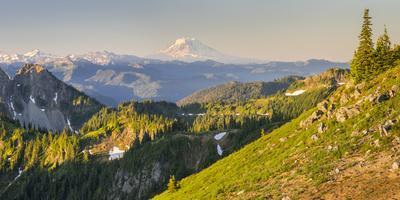 https://imgc.artprintimages.com/img/print/usa-washington-state-panorama-of-mt-adams-goat-rocks-and-double-peak_u-l-q1d2pdj0.jpg?p=0