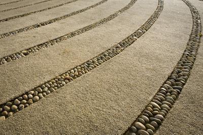 https://imgc.artprintimages.com/img/print/usa-washington-state-paths-and-stone-dividers-in-labyrinth-used-for-walking-meditation-n_u-l-q1gxksj0.jpg?p=0