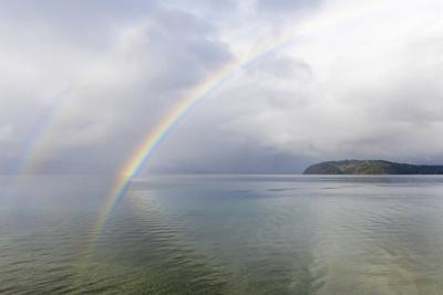 https://imgc.artprintimages.com/img/print/usa-washington-state-seabeck-rainbow-over-hood-canal_u-l-q1gb5wm0.jpg?p=0