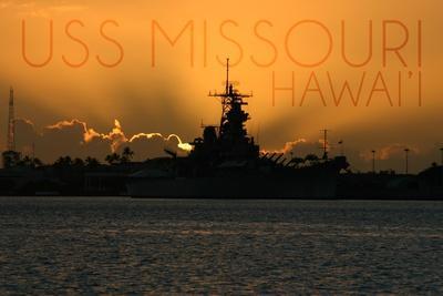 https://imgc.artprintimages.com/img/print/uss-missouri-sunset_u-l-q1gqtho0.jpg?p=0