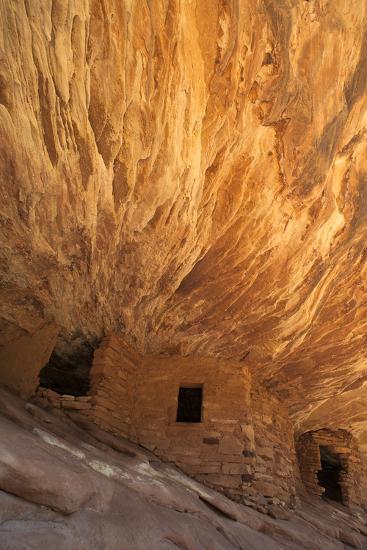 Utah, Cedar Mesa. Fallen Roof Ruin-Judith Zimmerman-Photographic Print