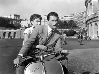 Vacances Romaines Roman Holiday De William Wyler Avec Gregory Peck Et Audrey Hepburn 1953--Photo