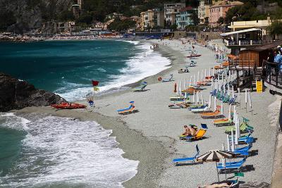 Vacationers Enjoying the Beach, Monterosso, Cinque Terre, Italy-Terry Eggers-Photographic Print