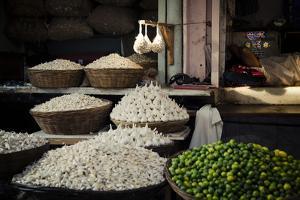 Garlic Market by Valda Bailey
