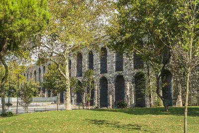 Valente Aqueduct-Guido Cozzi-Photographic Print