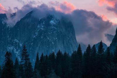 Valley Sunset, Yosemite National Park, California-Vincent James-Photographic Print