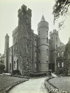 Vanbrugh Castle, Westcombe Park Road, Greenwich, London, May 1933