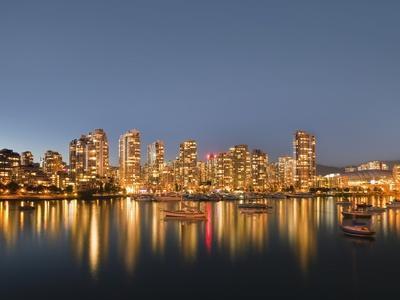 Vancouver skyline-Benjamin Rondel-Photographic Print