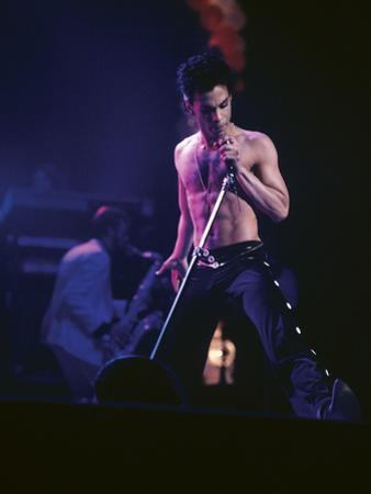 Prince, Shirtless on Stage, March 1986