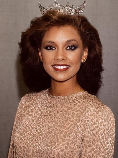 Vanessa Williams, Miss America, 1983-Moneta Sleet Jr.-Photographic Print
