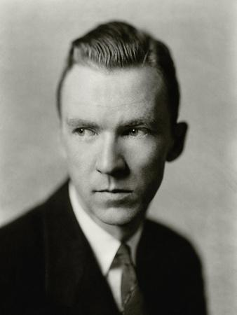 https://imgc.artprintimages.com/img/print/vanity-fair-april-1927_u-l-pep25f0.jpg?p=0