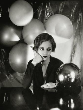 https://imgc.artprintimages.com/img/print/vanity-fair-april-1931_u-l-pep5270.jpg?p=0