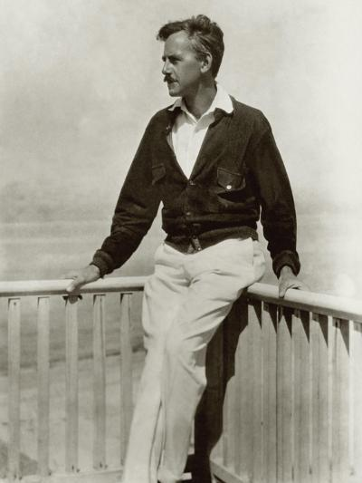 Vanity Fair - December 1923-Nickolas Muray-Premium Photographic Print