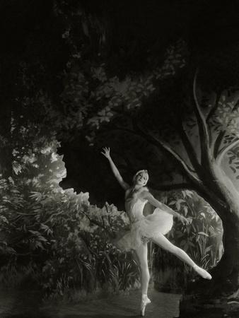 https://imgc.artprintimages.com/img/print/vanity-fair-december-1935_u-l-pep8nk0.jpg?p=0