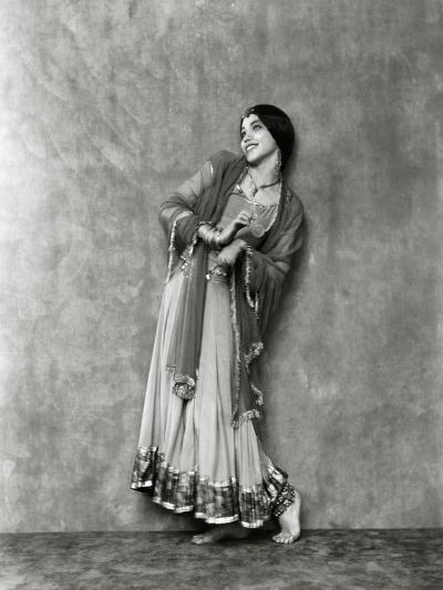 Vanity Fair - January 1923-Nickolas Muray-Premium Photographic Print