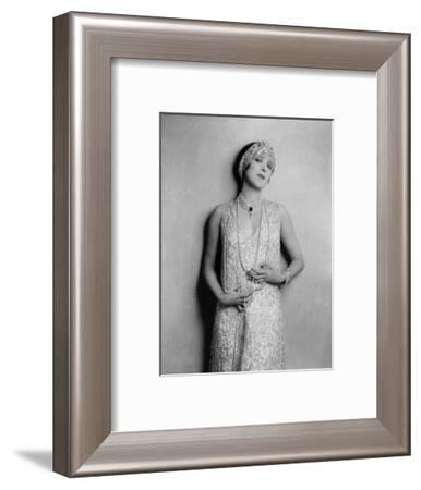 Vanity Fair - November 1926-Florence Vandamm-Framed Premium Photographic Print