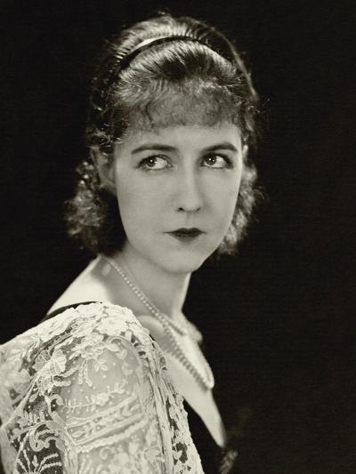 Vanity Fair - November 1928-George Hoyningen-Huen?-Premium Photographic Print