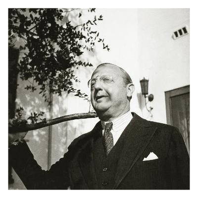 Vanity Fair - October 1934-George Hoyningen-Huen?-Premium Photographic Print