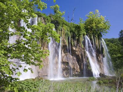 Veliki Prstavac Falls, Plitvice Lakes National Park (Plitvicka Jezera), Lika-Senj County, Croatia-Ruth Tomlinson-Photographic Print