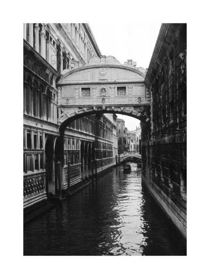 Venezia II-Carolyn Longley-Art Print