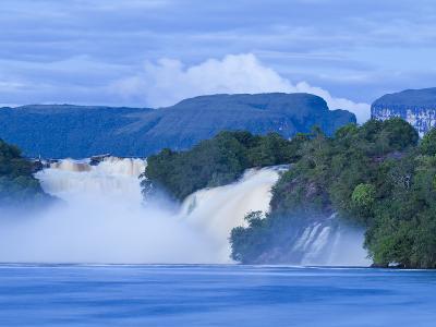 Venezuela, Guayana, Canaima National Park, Canaima Lagoon, Hacha Falls-Jane Sweeney-Photographic Print