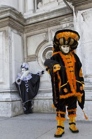 https://imgc.artprintimages.com/img/print/venice-italy-mask-and-costumes-at-carnival_u-l-pyowdt0.jpg?p=0