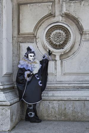 https://imgc.artprintimages.com/img/print/venice-italy-mask-and-costumes-at-carnival_u-l-pyq83v0.jpg?p=0