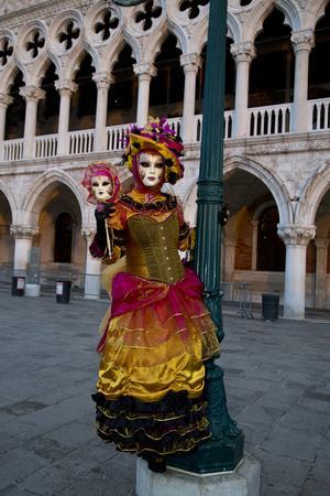 https://imgc.artprintimages.com/img/print/venice-italy-mask-and-costumes-at-carnival_u-l-pyq9lm0.jpg?p=0