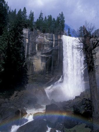 https://imgc.artprintimages.com/img/print/vernal-fall-yosemite-national-park-california-usa_u-l-p82uo80.jpg?p=0