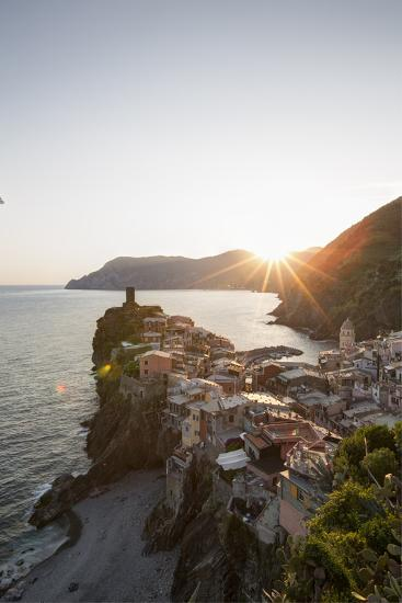 Vernazza, Cinque Terre, UNESCO World Heritage Site, Liguria, Italy, Europe-Gavin Hellier-Photographic Print
